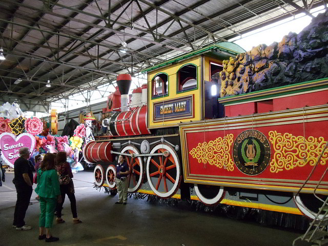 Mardi Gras World offers family-friendly daily tours of their float-making facilities. (Photo credit: Richard Martin)