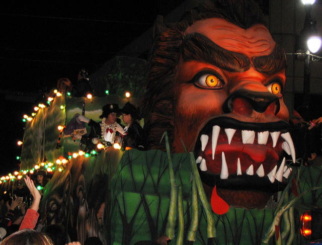 Mardi Gras isn't the only time that New Orleans throws a parade! If you visit during October, you can experience the Krewe of Boo Halloween parade. (Photo courtesy Flickr user tonbabydc)